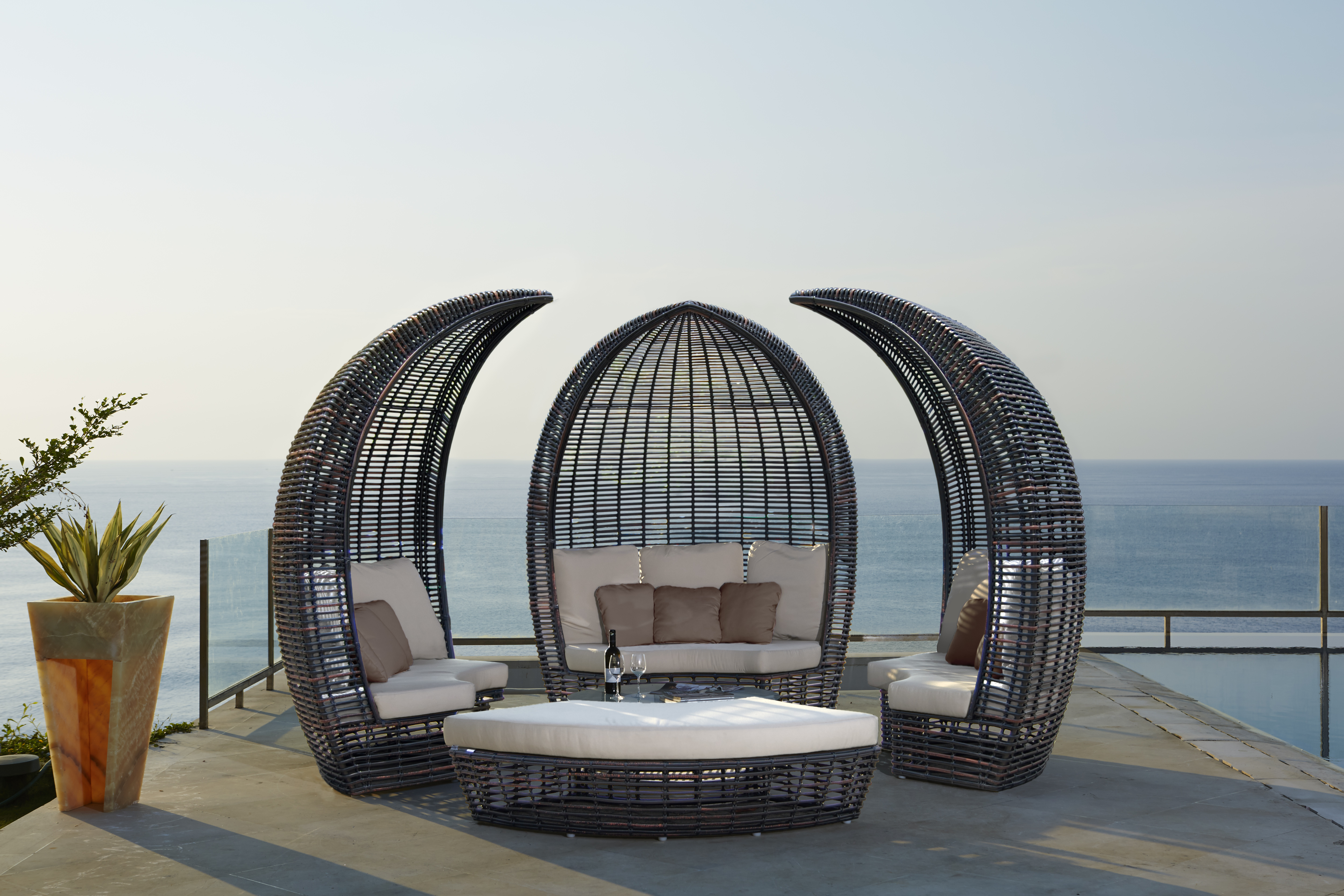 Excellent Quality Patio Furniture In Ft Lauderdale, Florida.
