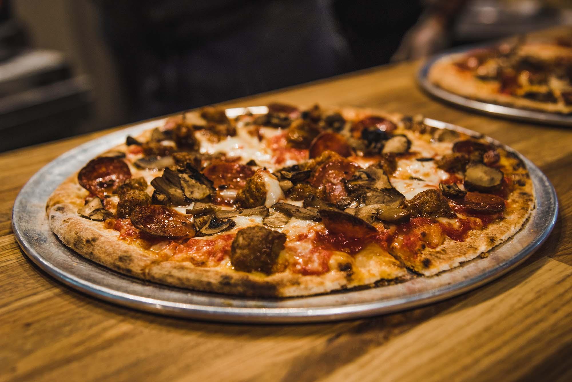 Pizza Restaurant Newark OH | Pizza Restaurant Near Me