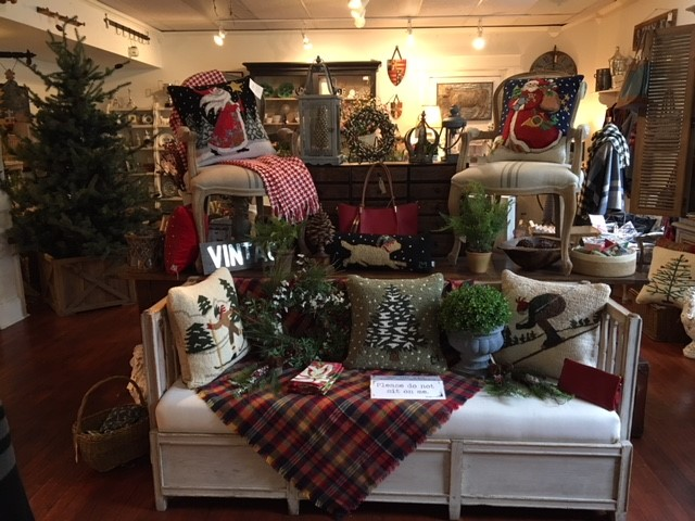 Antiques columbus home decor and gift shop near me for Home decor shopping near me