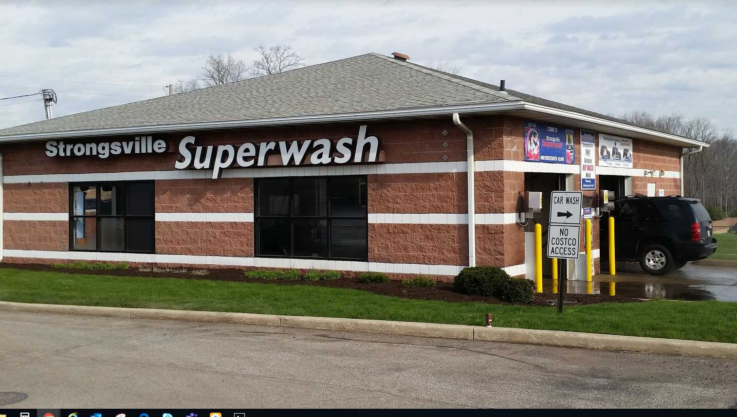 No Touch Car Wash Near Me >> Strongsville S Only Hot And Fresh Water Car Wash Car Wash