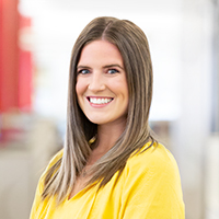 Amanda Fischback  - Digital Marketing Consultant