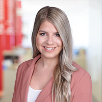 Madison Petry  - Digital Marketing Consultant